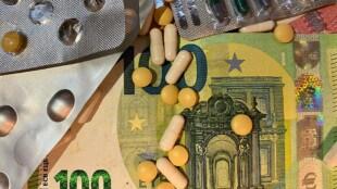 Kriminelle verkaufen gefälschte Medikamente, mangelhafte Produkte und verbreiten Fake News zu COVID-19
