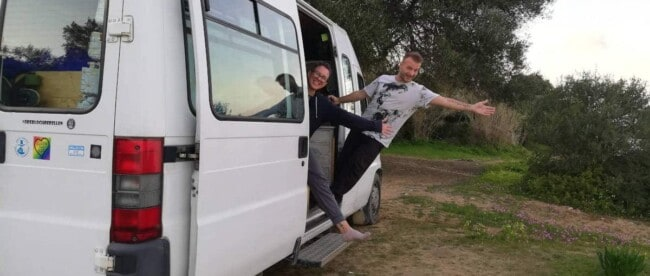 Zwei Van-Reisende in Griechenland